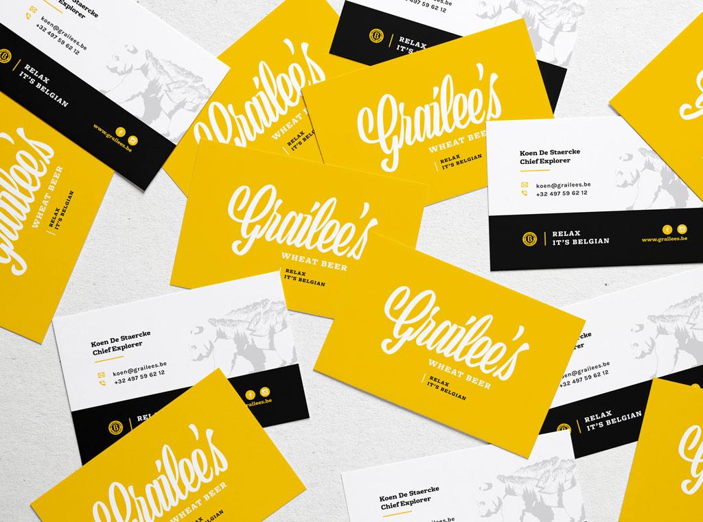 Grafisch ontwerp van visitekaartjes door Easybranding in Kortrijk