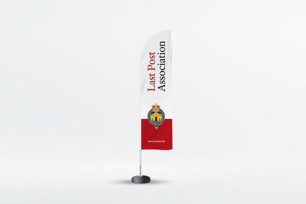 Easybranding uit Kortrijk staat ook in voor de branding van jou event. Nood aan een beachflag? Conacteer ons grafisch bureau