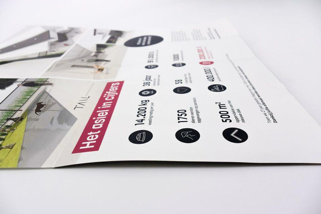 Op zoek naar iets anders? Kies dan eens voor een folder met kruisvouw. Het is een origineel alternatief voor de standaard vouwfolder.